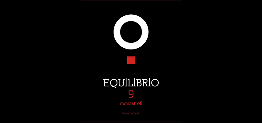 Wine tasting of Equilibrio 9 in Onda Cero Murcia with our winemaker Mapi Domingo