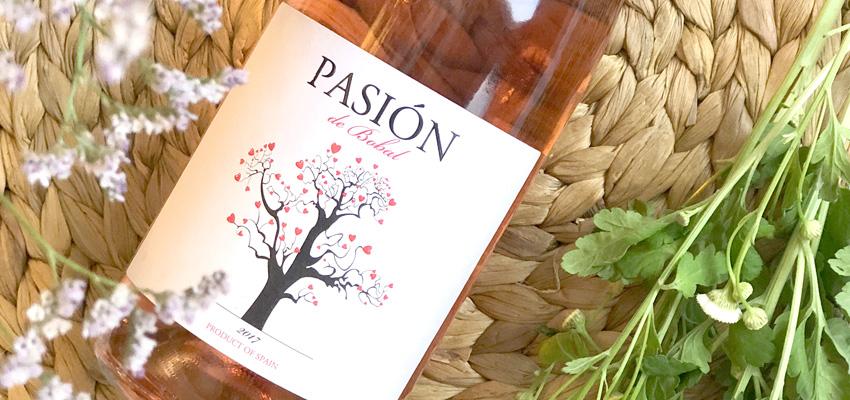 Pasión de Bobal, the only rosé selected by Paradores Nacionales for its summer offer