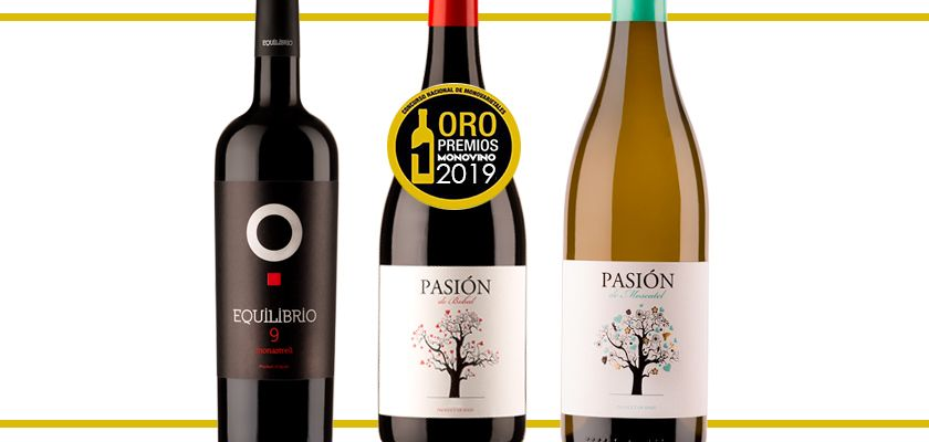 Triple Gold in the Monovino Awards with Pasión de Bobal, Pasión de Moscatel and Equilibrio 9